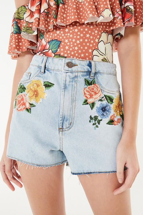 258376_0142_1-SHORT-ALTO-BORDADO-FLOR