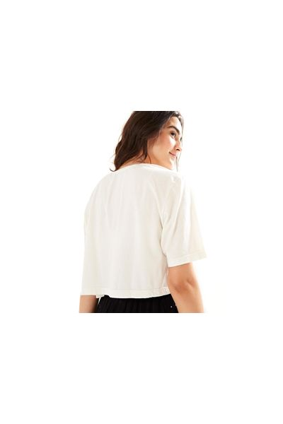 T-Shirt Cropped Sagrado Bordada