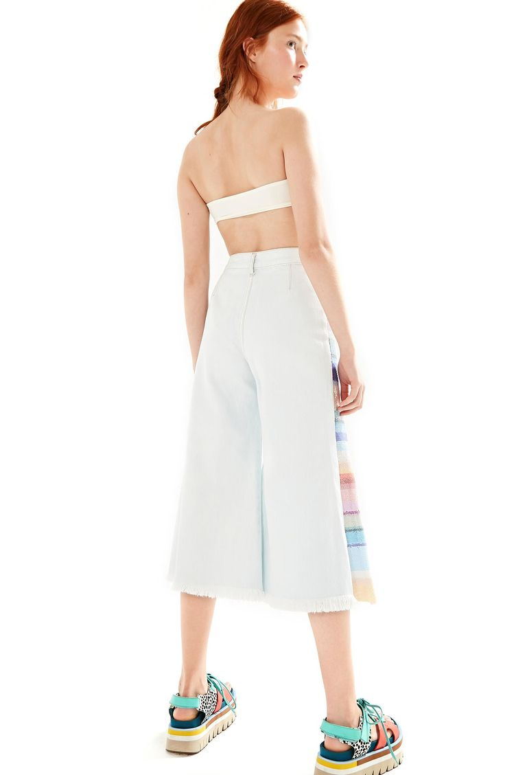 271199_0142_2-CALCA-JEANS-LATERAL-PAETE