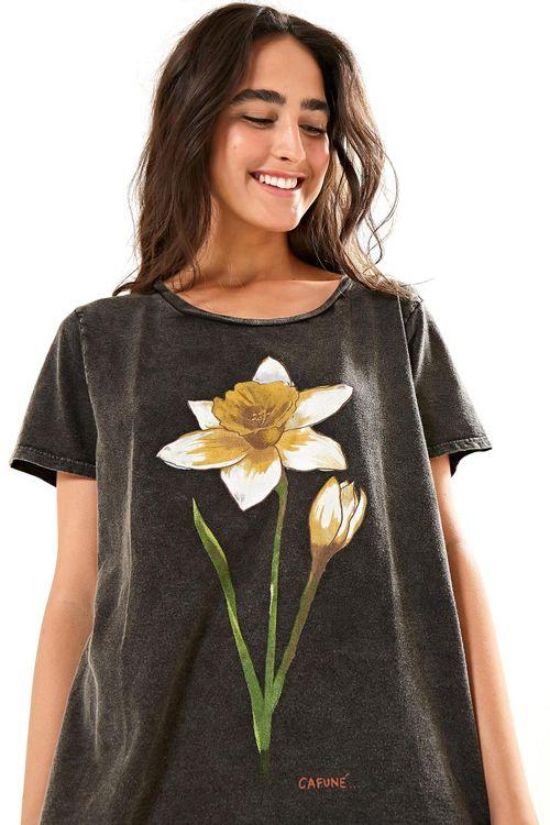 da6aef50c t-shirts femininas estampadas e lisas
