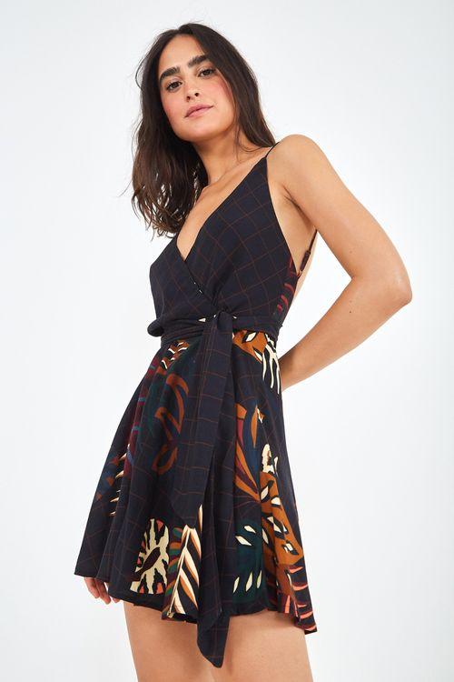 302870c6c nova coleção é o bicho: vestidos, saias e muito mais! | FARM