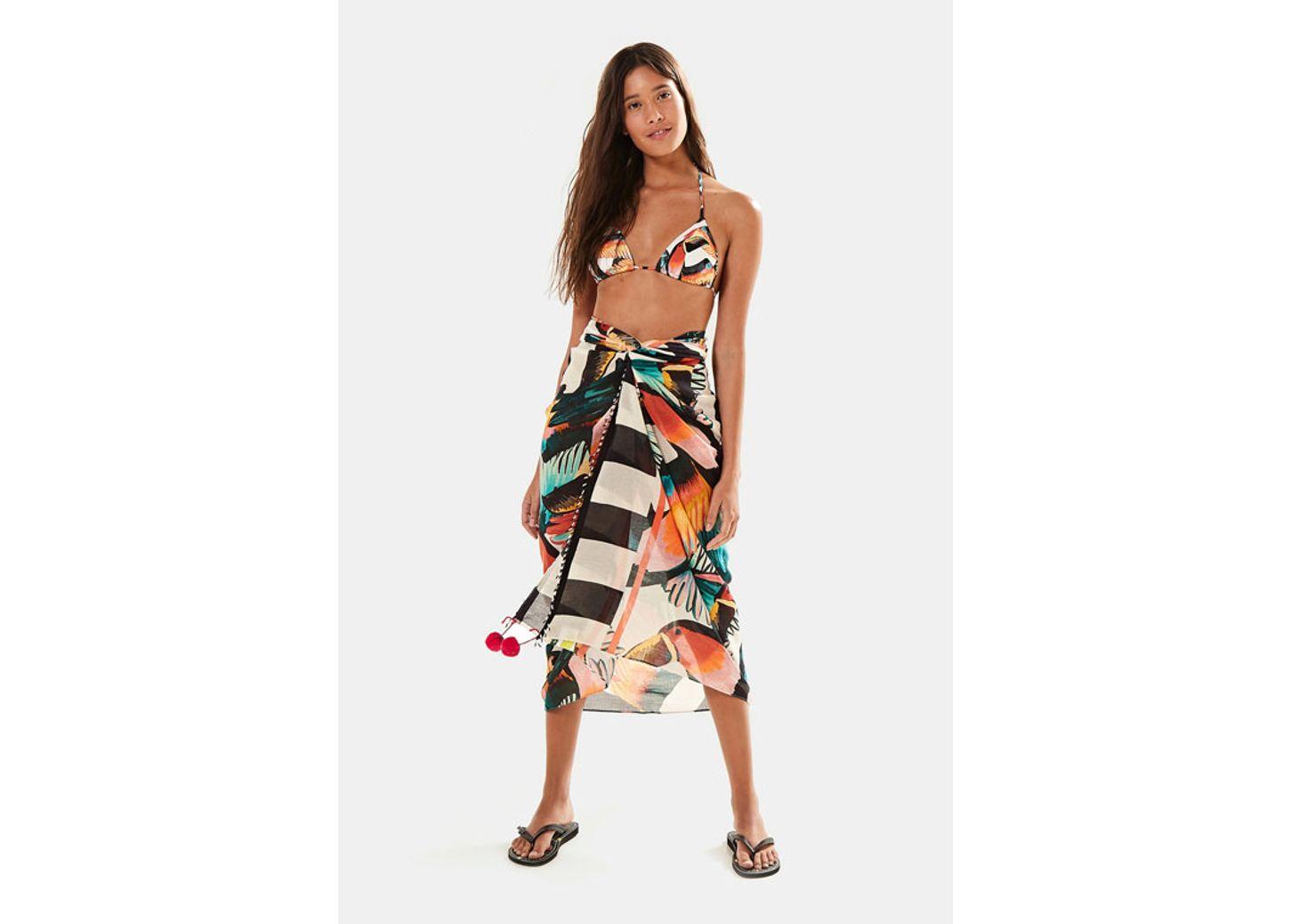 1b329553b biquínis frente única, maiôs e mais moda praia | FARM
