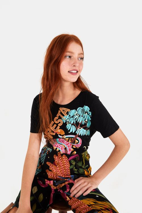 293889_0013_1-T-SHIRT-MEDIA-FLORESTA-SURREAL